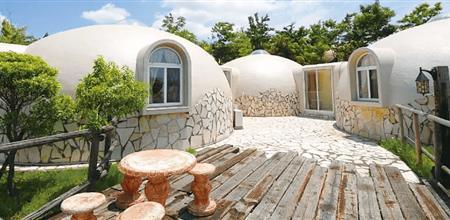 【Yabo直播平台展】3个人7天盖好的泡沫房,可抗7级地震抵挡超强台风!