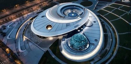 【建筑设计】全球最大天文馆正式开馆,倒穹顶设计引人注目!